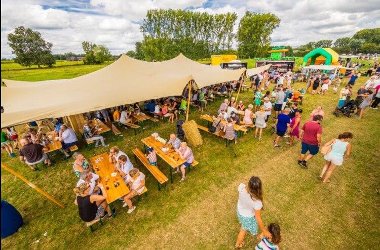 stretch tent huren festival